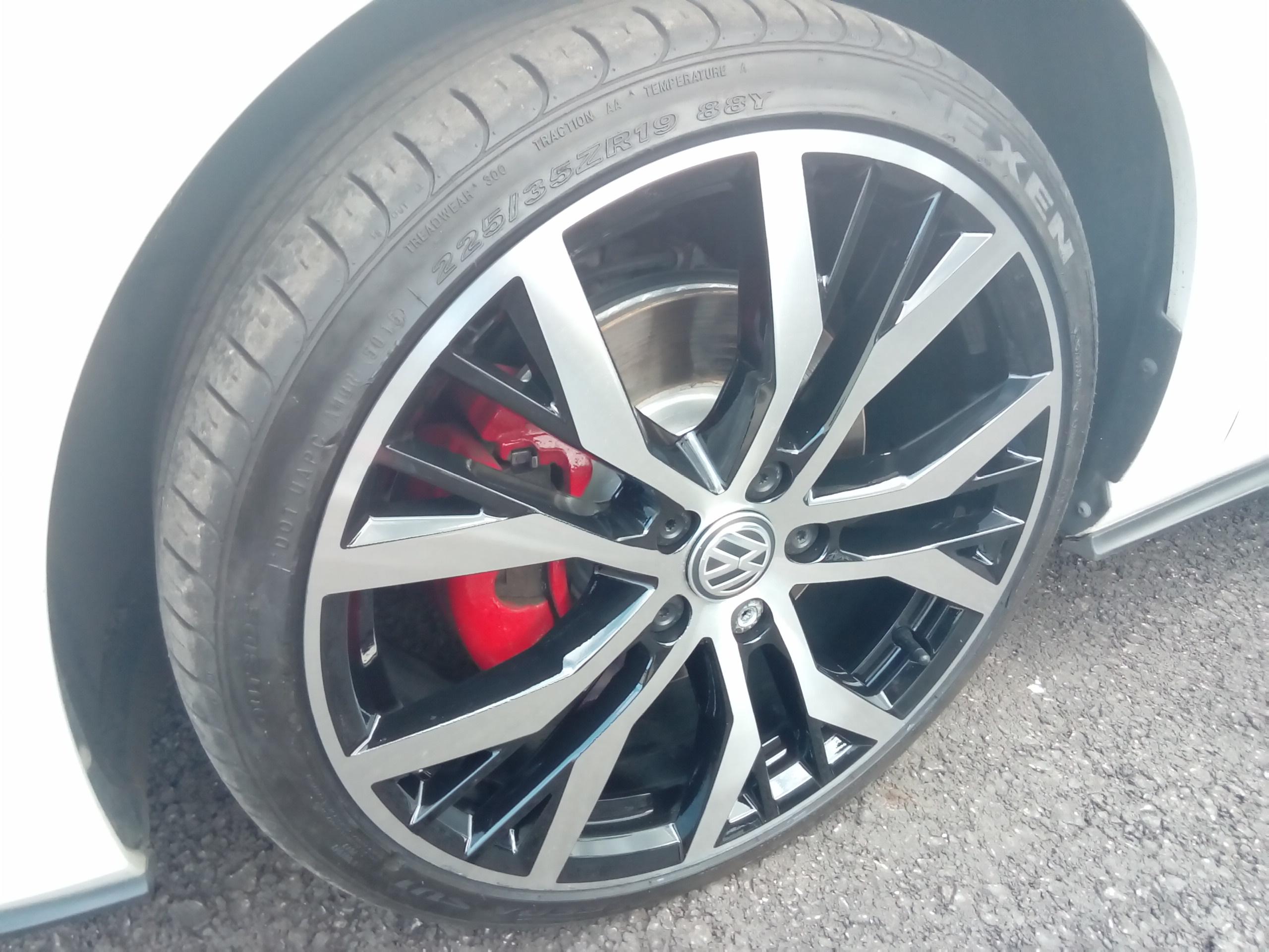 Diamond Cut Refurb Huddersfield Golf Alloy Wheels Repair Refurb